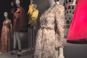 At the entrance to the exhibit- platforms of mannequins wearing De la Renta's early work.